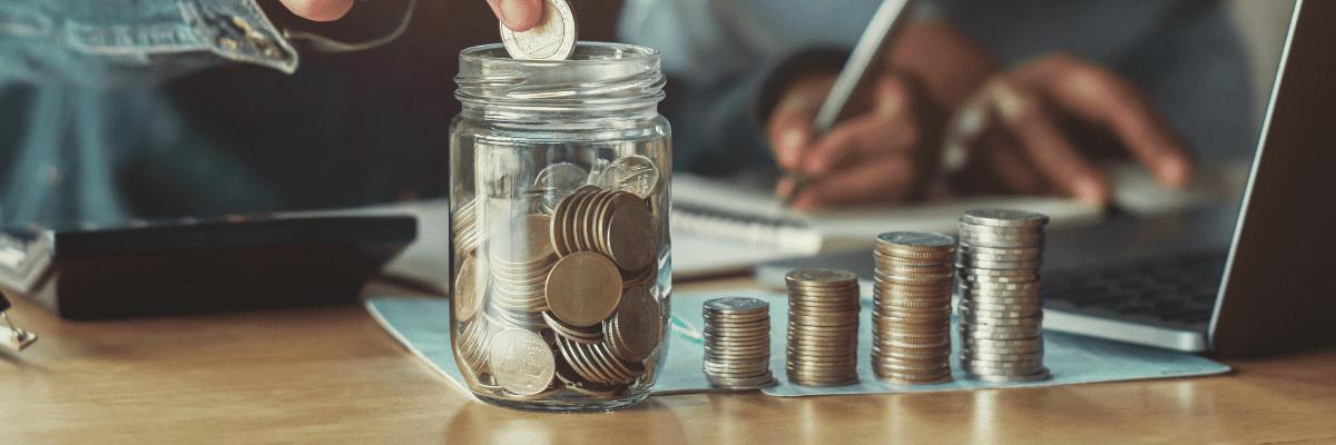 pile de pièces de monnaie - calcul du cout d'un apprenti
